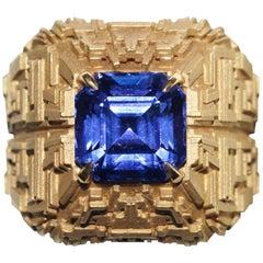 Tanzanite and 18 Karat Gold Ring