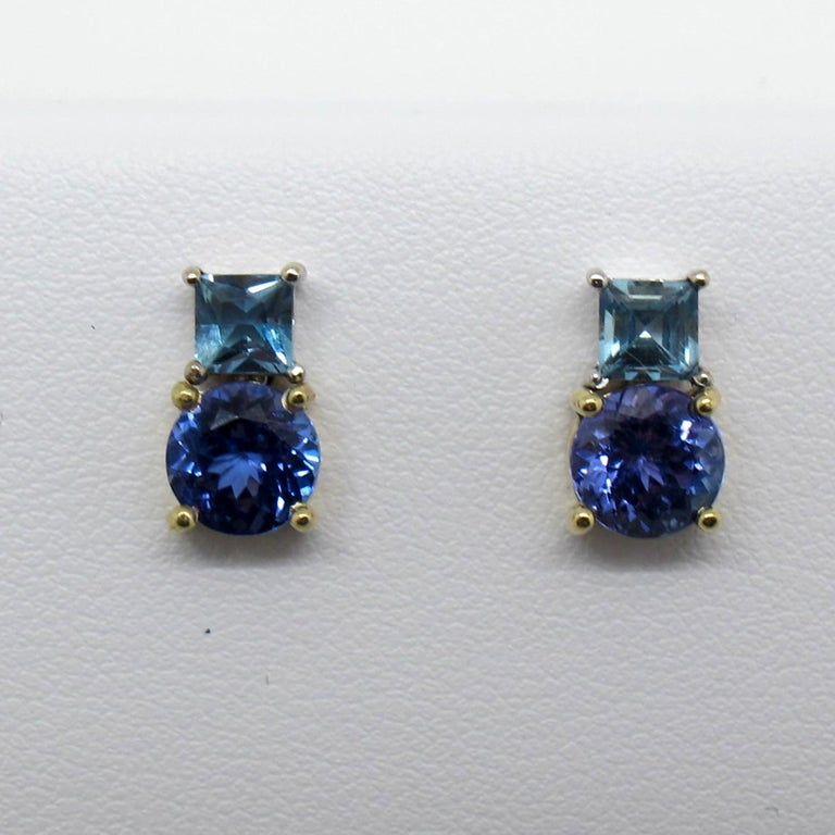 Tanzanite and Aquamarine 18 Karat Yellow White Gold Earrings In New Condition For Sale In Los Angeles, CA