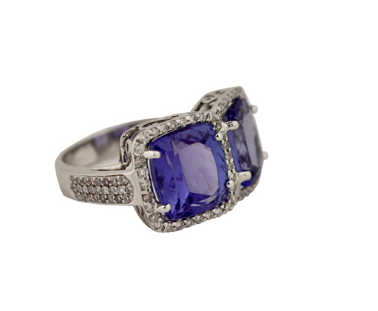 Women's or Men's Tanzanite and Diamond Ring For Sale
