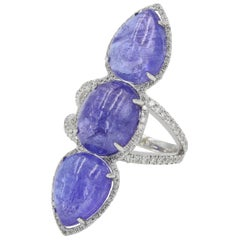 Tanzanite Cabochon Cut and Round Diamond Ring, Tanzanites Weigh 19.20 Carat