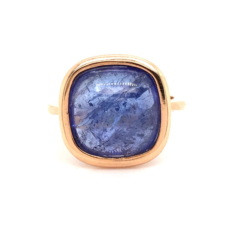 Tanzanite Cabochon Shape on Rose Gold 18 Karat Fashion Ring In New Condition For Sale In Vannes, FR