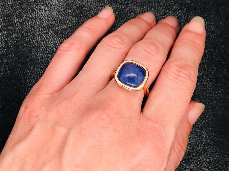 Tanzanite Cabochon Shape on Rose Gold 18 Karat Fashion Ring For Sale 3