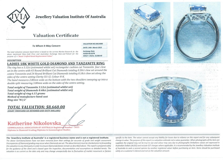 18 Carat Diamond Gold Tanzanite White Dress Ring A5RL4j3