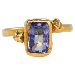 Tanzanite Diamond Briolettes 22-21 Karat Gold Three-Stone Fashion Ring