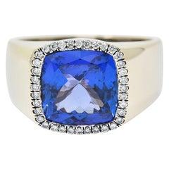 Tanzanite Diamond Halo 18 Karat White Gold Unisex Gemstone Ring
