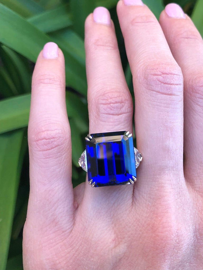 Modern Tanzanite Ring 20.51 Carat Emerald Cut For Sale
