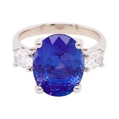 Tanzanite Diamond Ring, 4.77 Carat Tanz, 14 Karat Gold Three-Stone Ring