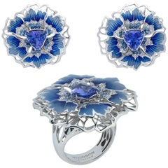 Tanzanite Diamonds Sapphires 18 Karat White Gold Cornflower Suite