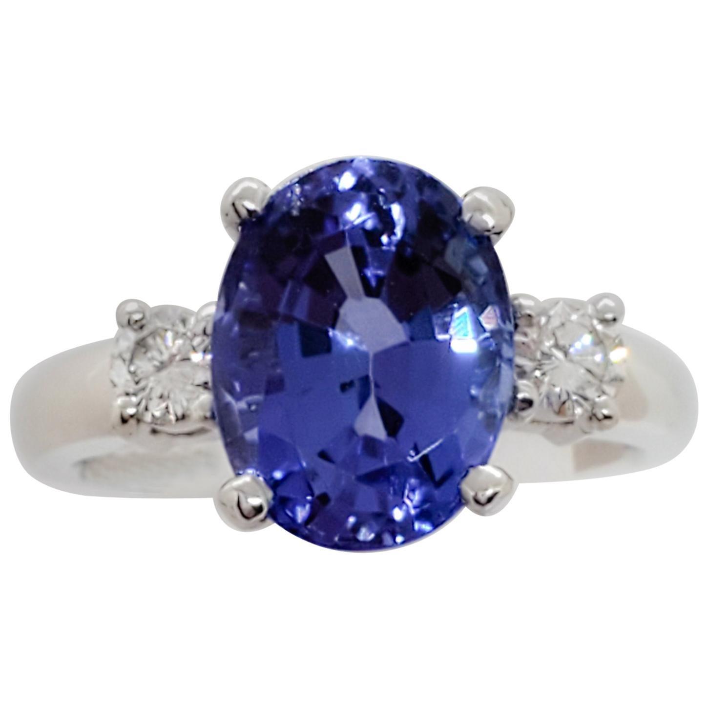 Tanzanite Oval and White Diamond Round 3-Stone Ring in Platinum