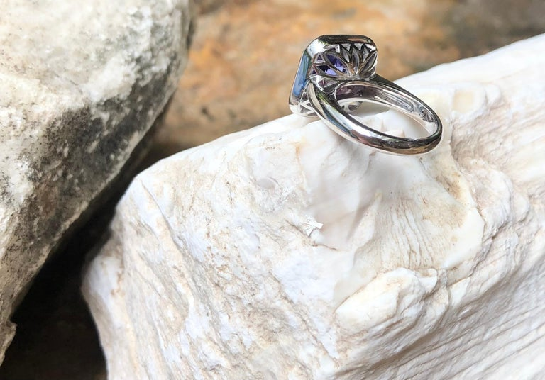 Tanzanite with Pink Sapphire and Diamond Ring Set in 18 Karat White Gold Setting For Sale 4