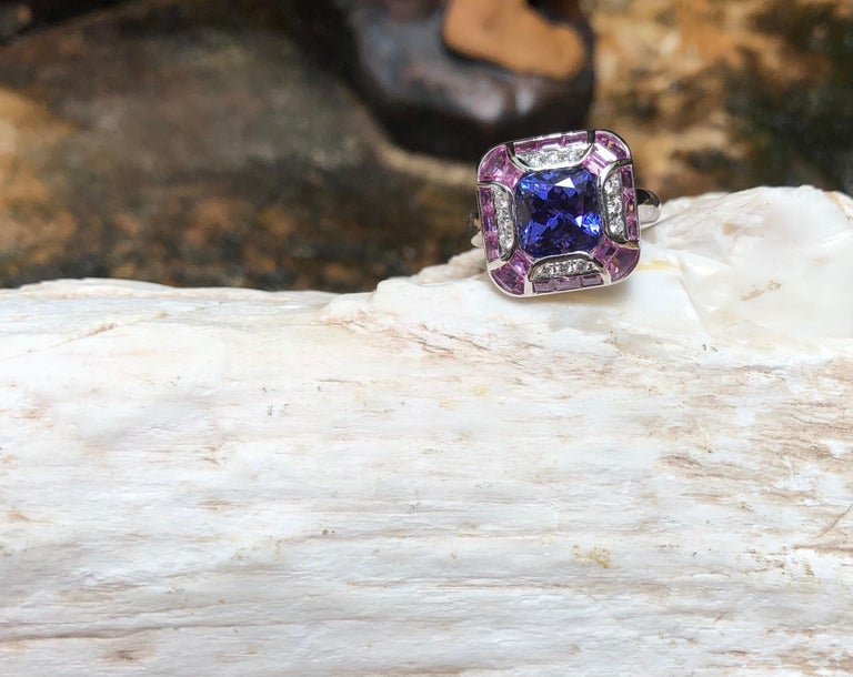 Tanzanite with Pink Sapphire and Diamond Ring Set in 18 Karat White Gold Setting For Sale 3