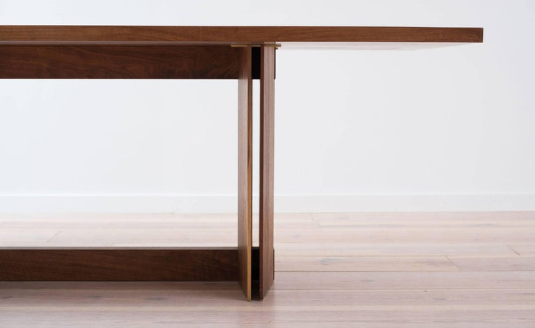 American Tapered Dining Table in Solid Walnut For Sale