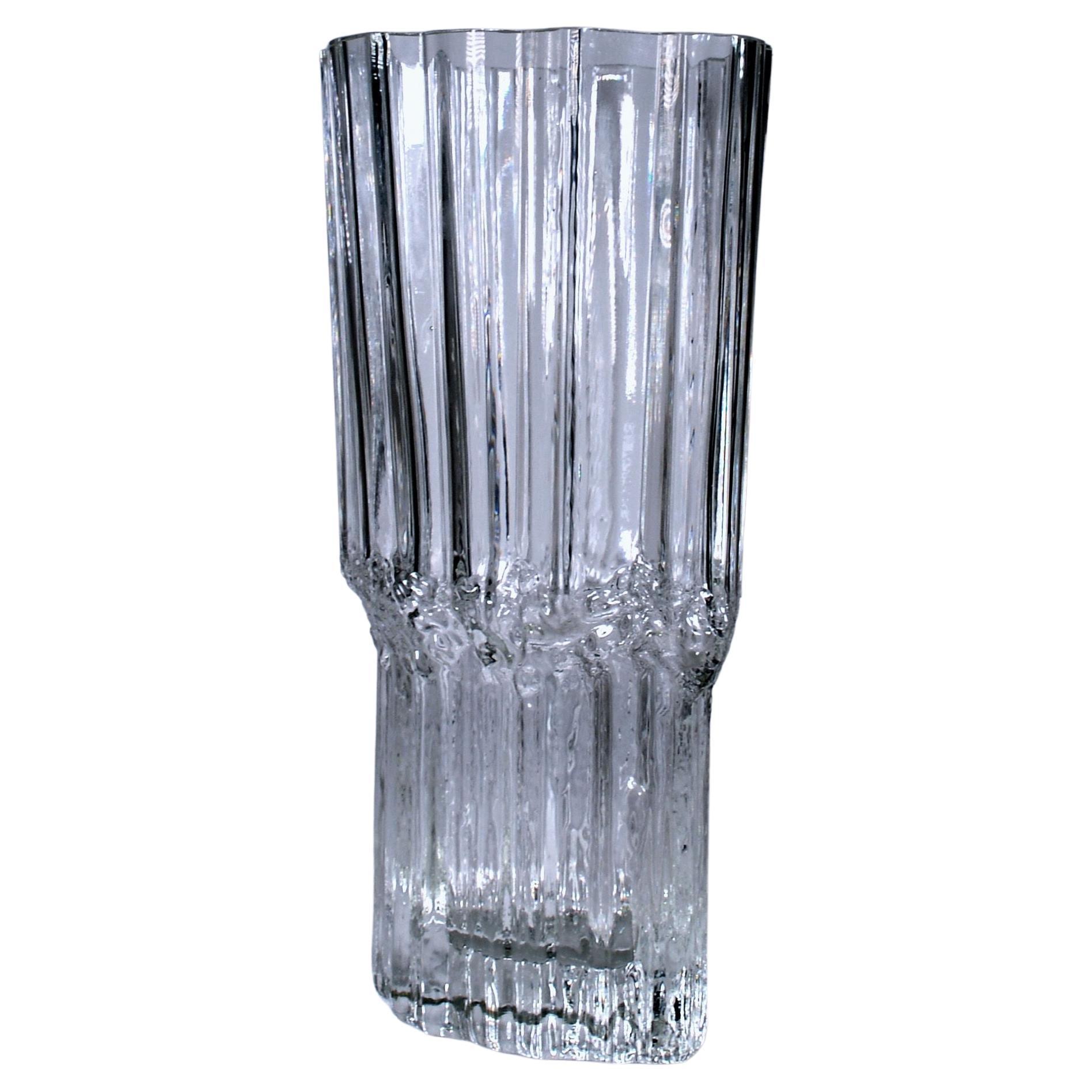 """Tapio Wirkkala Mid-Century Modernist """"Pallas"""" Art Glass Vase"""