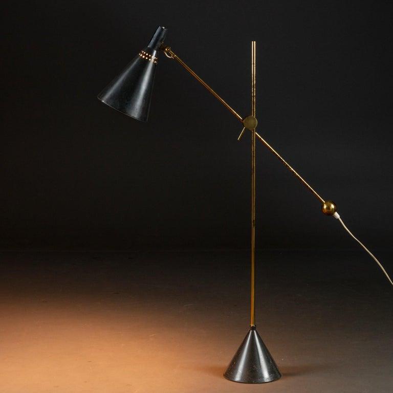 Scandinavian Modern Tapio Wirkkala Model K10-11 Floor / Table Lamp, Made by Idman, Finland, 1950s For Sale