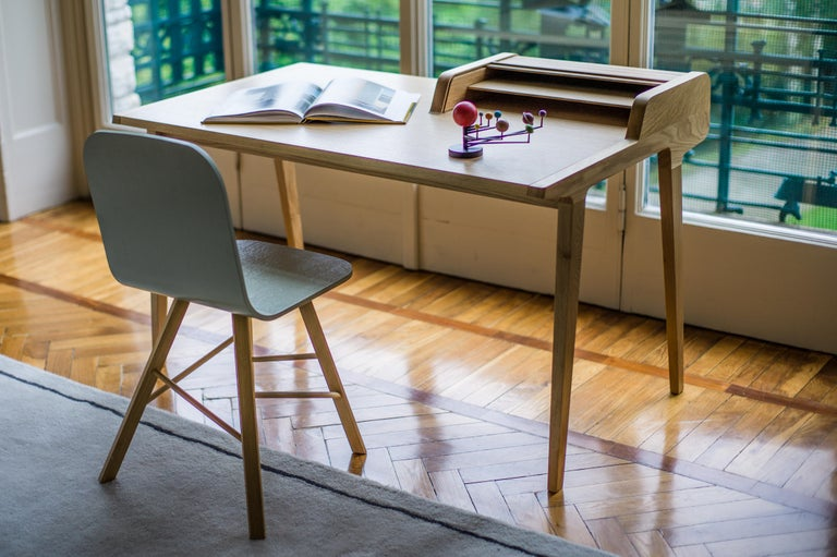 Tapparelle Desk, in Solid Oak, Inspired by Ancient Roll-Up Shutter Office For Sale 3