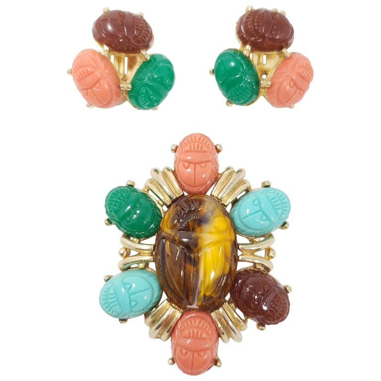 Tara Golden Scarab Cabochon Cluster Clip in Earrings and Pin Brooch For Sale