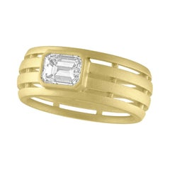 TATE .76 Carat Diamond Emerald Cut 18 Karat Green Matte Gold Fence Ring