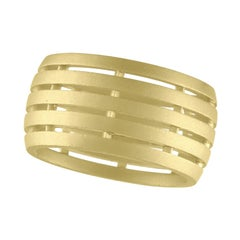 TATE Wide Fence Band 18 Karat Green Gold Ring