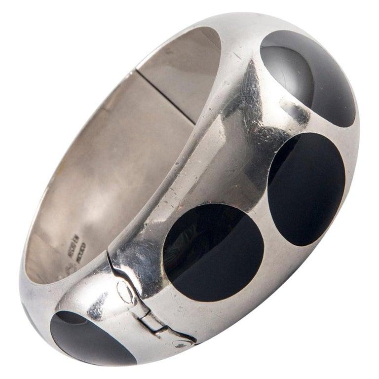 Taxco Sterling Silver and Black Bakelite Polka Dot Bracelet For Sale