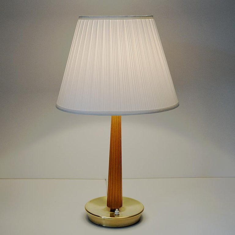 Teak and Brass Table Lamp by Hans Bergström for ASEA, Sweden, 1940s In Good Condition In Stockholm, SE