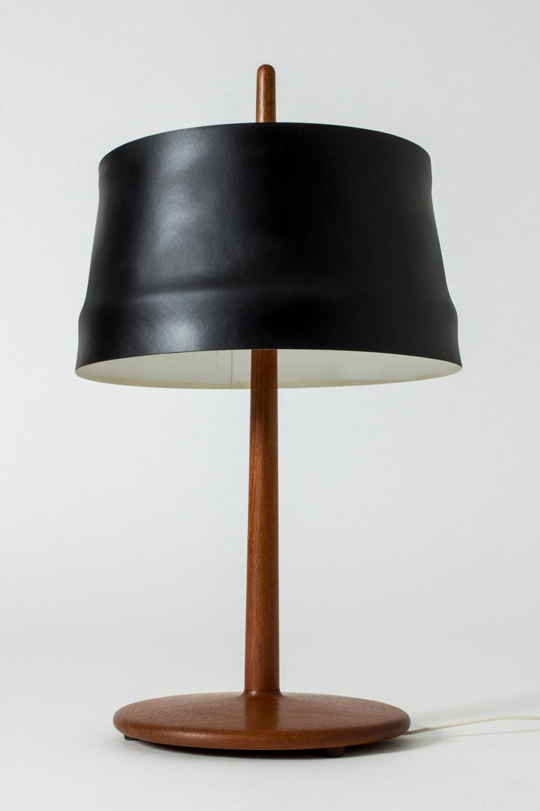 Scandinavian Modern Teak and Lacquered Black Metal Table Lamp by Alf Svensson for Bergboms, Sweden For Sale