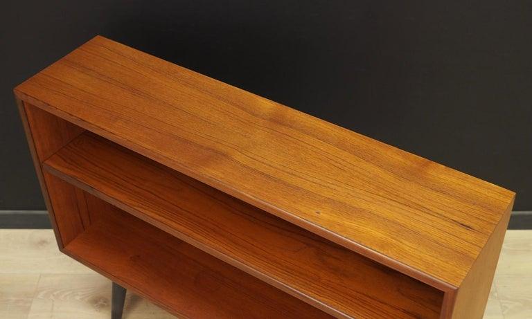 Teak Bookcase Vintage Danish Design In Good Condition For Sale In Okunica, Zachodniopomorskie