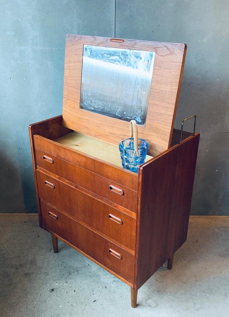 Teak Chest of Drawers / Bureau / Secretary, Denmark, 1960s For Sale 1
