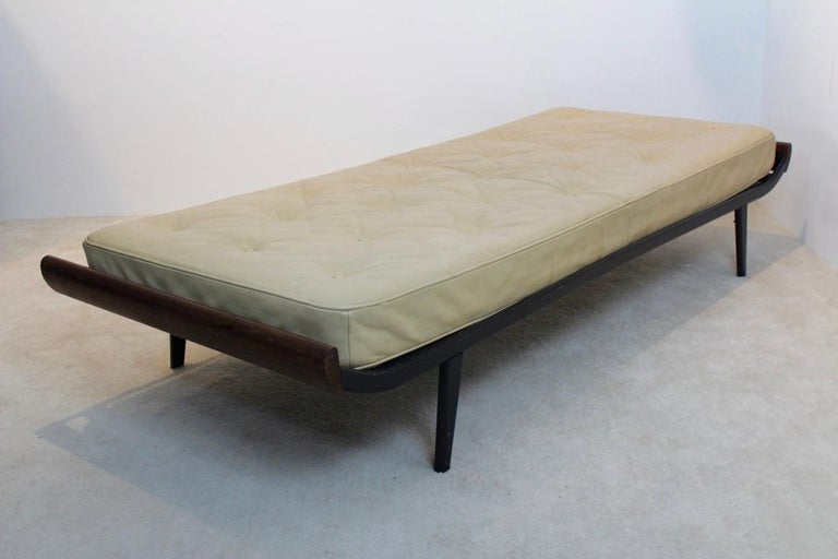 20th Century Teak Cleopatra Daybed with Original Leather Mattress by Cordemeijer for Auping For Sale