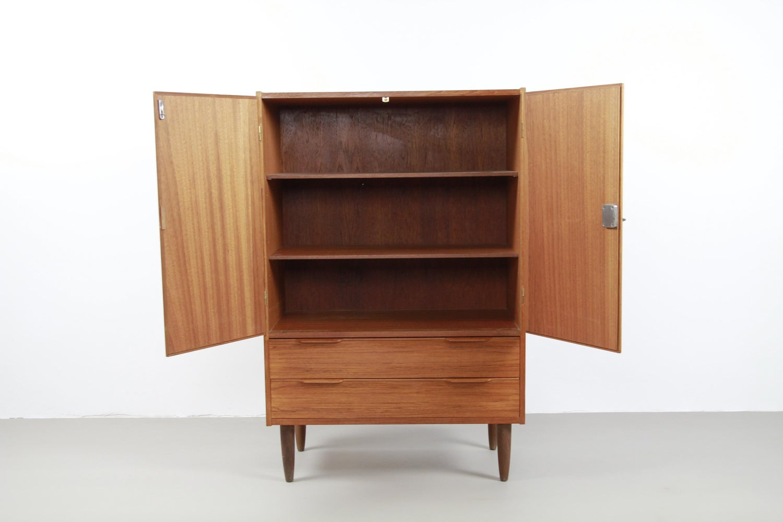 Retro Teak Tv Kast.Teak Danish Design Highboard Tv Cabinet At 1stdibs