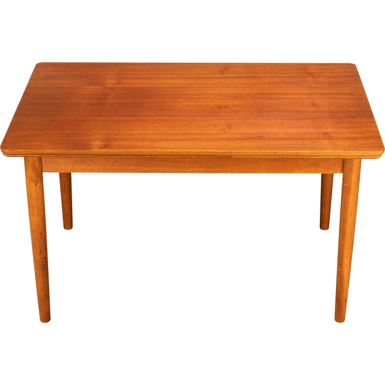 Teak Danish Mid-Century Modern Extendable Dining Table, 1960s For Sale