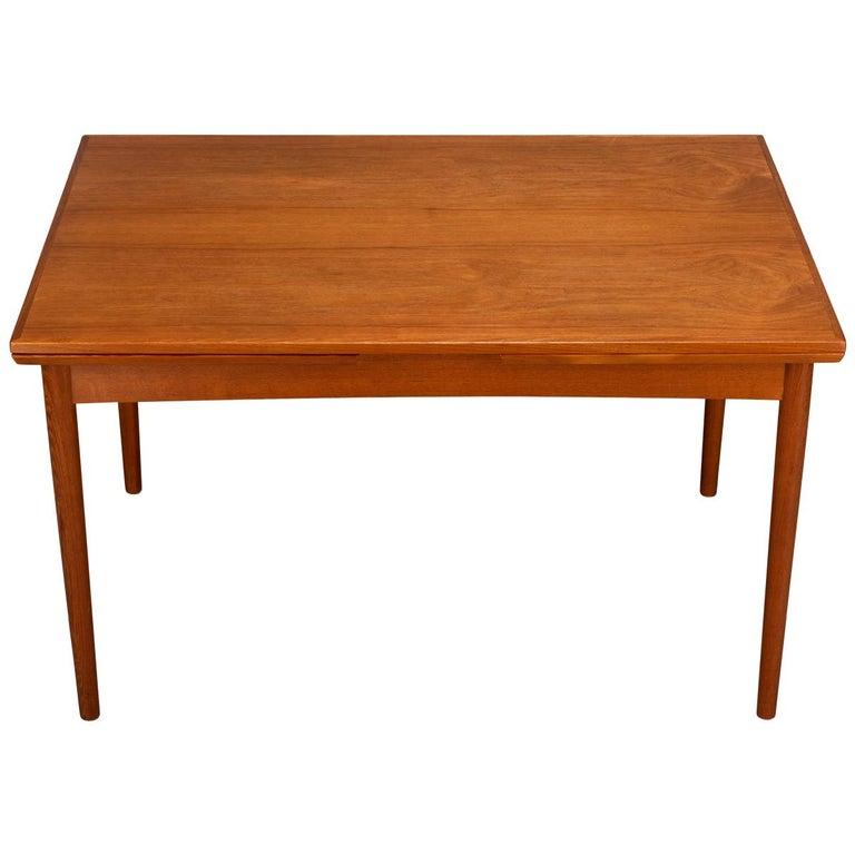 Teak Danish Mid-Century Modern Extendable Dining Table, 1960s For Sale