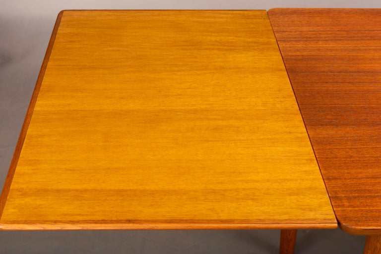 Teak Danish Mid-Century Modern Extendable Dining Table, 1960s For Sale 5