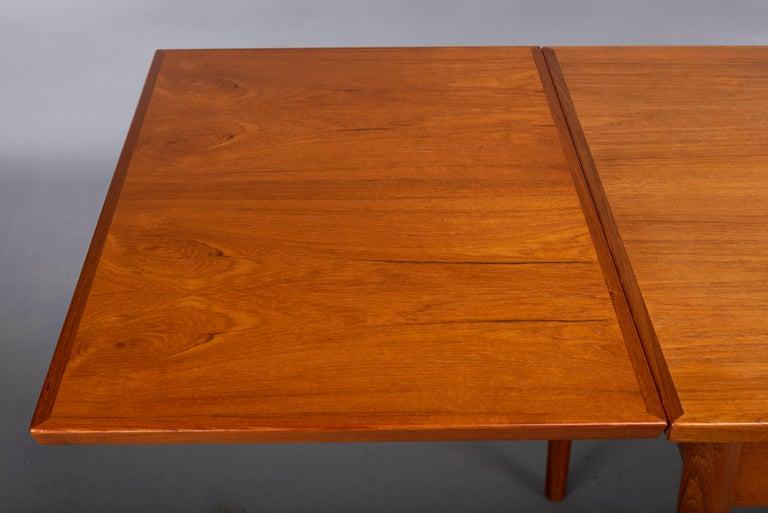 Teak Danish Mid-Century Modern Extendable Dining Table, 1960s For Sale 5