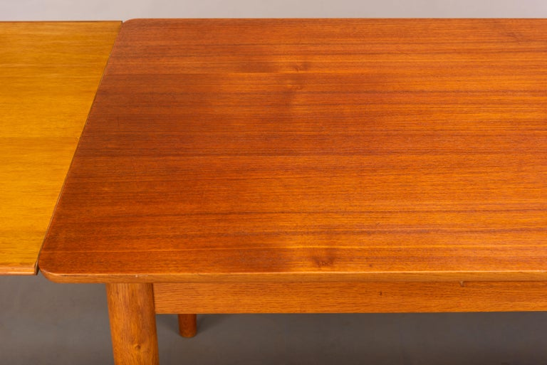 Teak Danish Mid-Century Modern Extendable Dining Table, 1960s For Sale 6