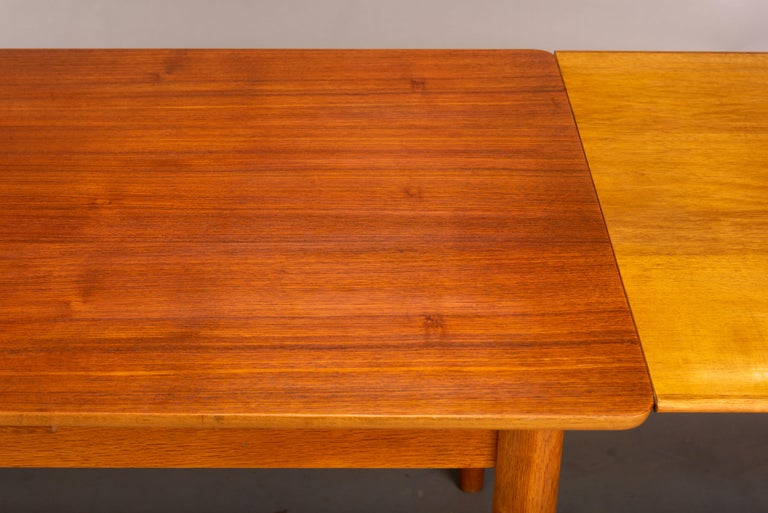 Teak Danish Mid-Century Modern Extendable Dining Table, 1960s For Sale 8