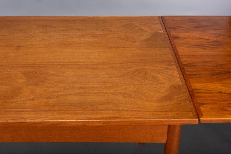 Teak Danish Mid-Century Modern Extendable Dining Table, 1960s For Sale 8