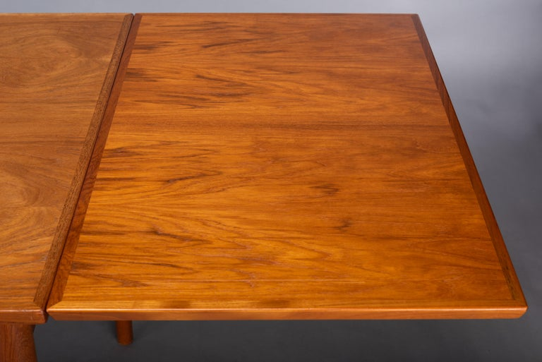 Teak Danish Mid-Century Modern Extendable Dining Table, 1960s For Sale 9