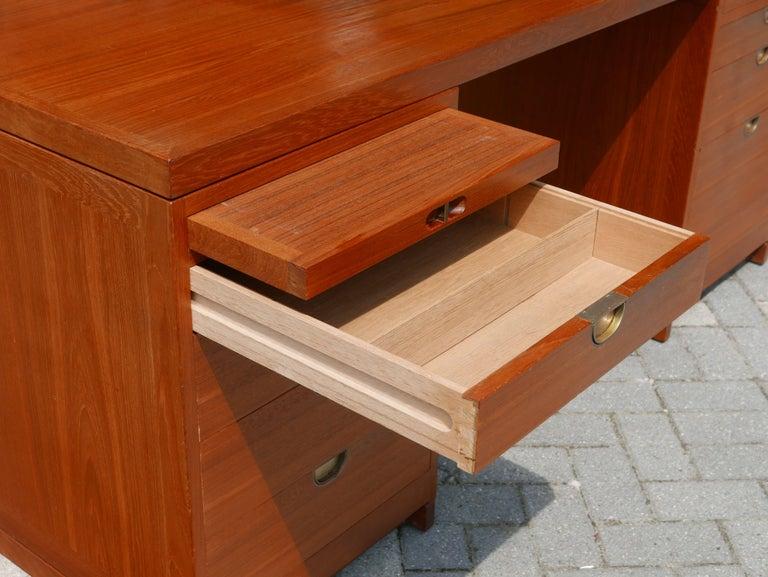 Veneer Teak desk by Børge Mogensen for P. Lauritsen & Søn For Sale