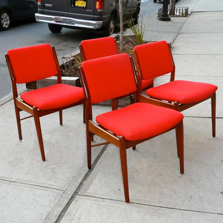 Teak Dining Chairs by Arne Vodder for Sibast Mobler In Good Condition For Sale In Brooklyn, NY