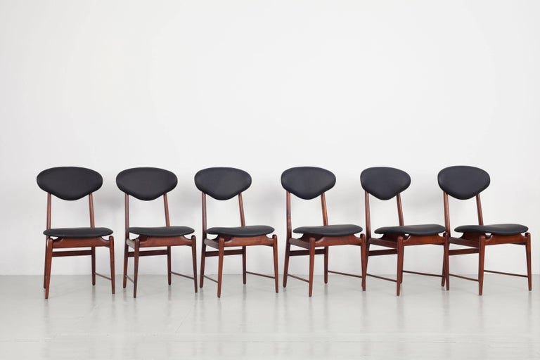 Mid-Century Modern Set of Italian Dark Teak Wood Dining Table and 6 Chairs, 1950s For Sale