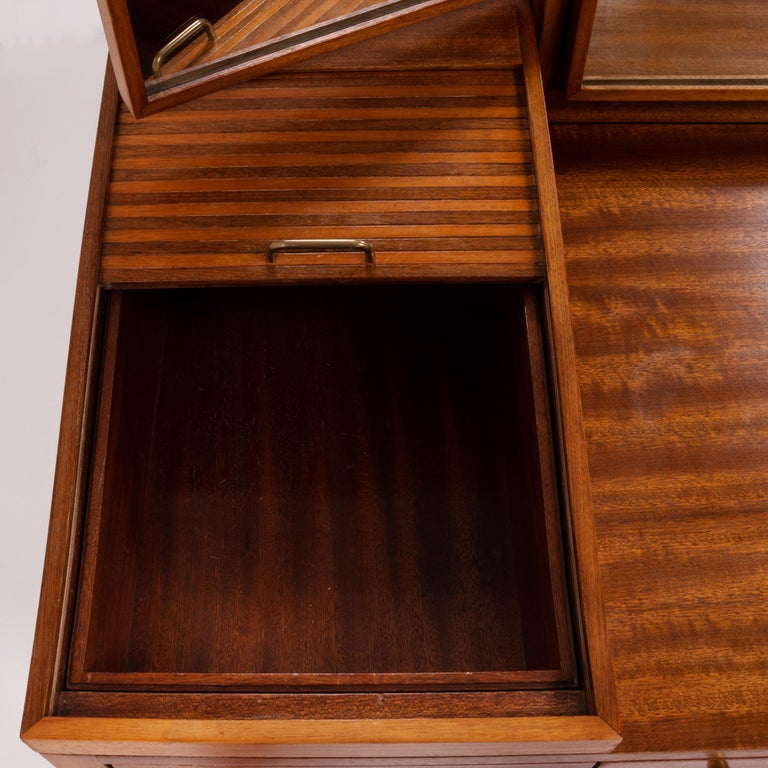 Teak Dressing Table by Robert Heritage, 1960s For Sale 2