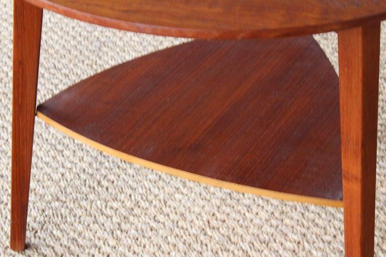 Teak End Table, Denmark, 1950s In Excellent Condition For Sale In Los Angeles, CA