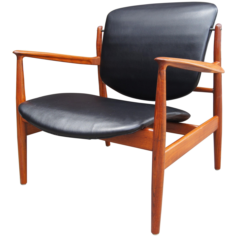 Teak & Leather Lounge Chair, Model FD136, by Finn Juhl for France & Daverkosen