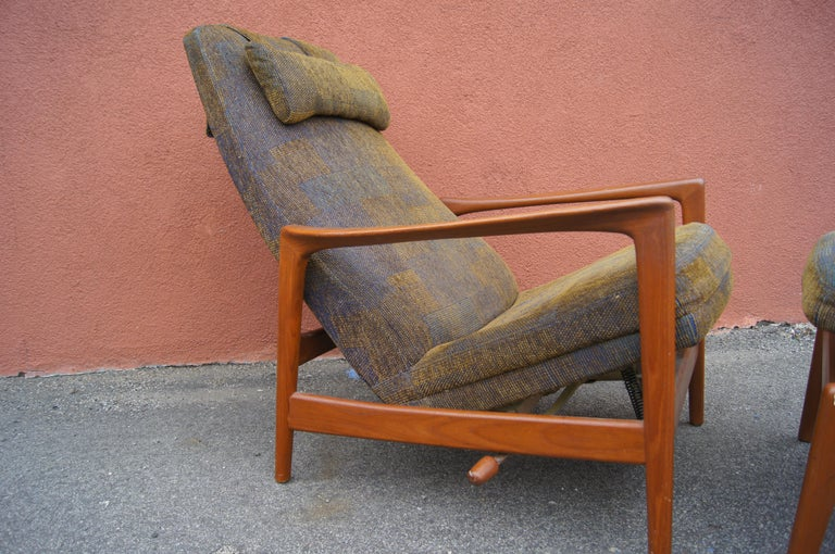 Teak Lounge Chair and Ottoman by Folke Ohlsson for DUX For Sale 2