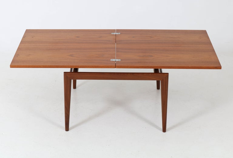 Teak Mid-Century Modern Danish Coffee Table, 1960s In Good Condition For Sale In Amsterdam, NL