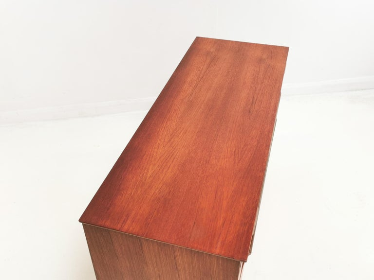 Teak Midcentury Sideboard Chest of Drawers, Vintage, 1960s In Good Condition In STOKE ON TRENT, GB