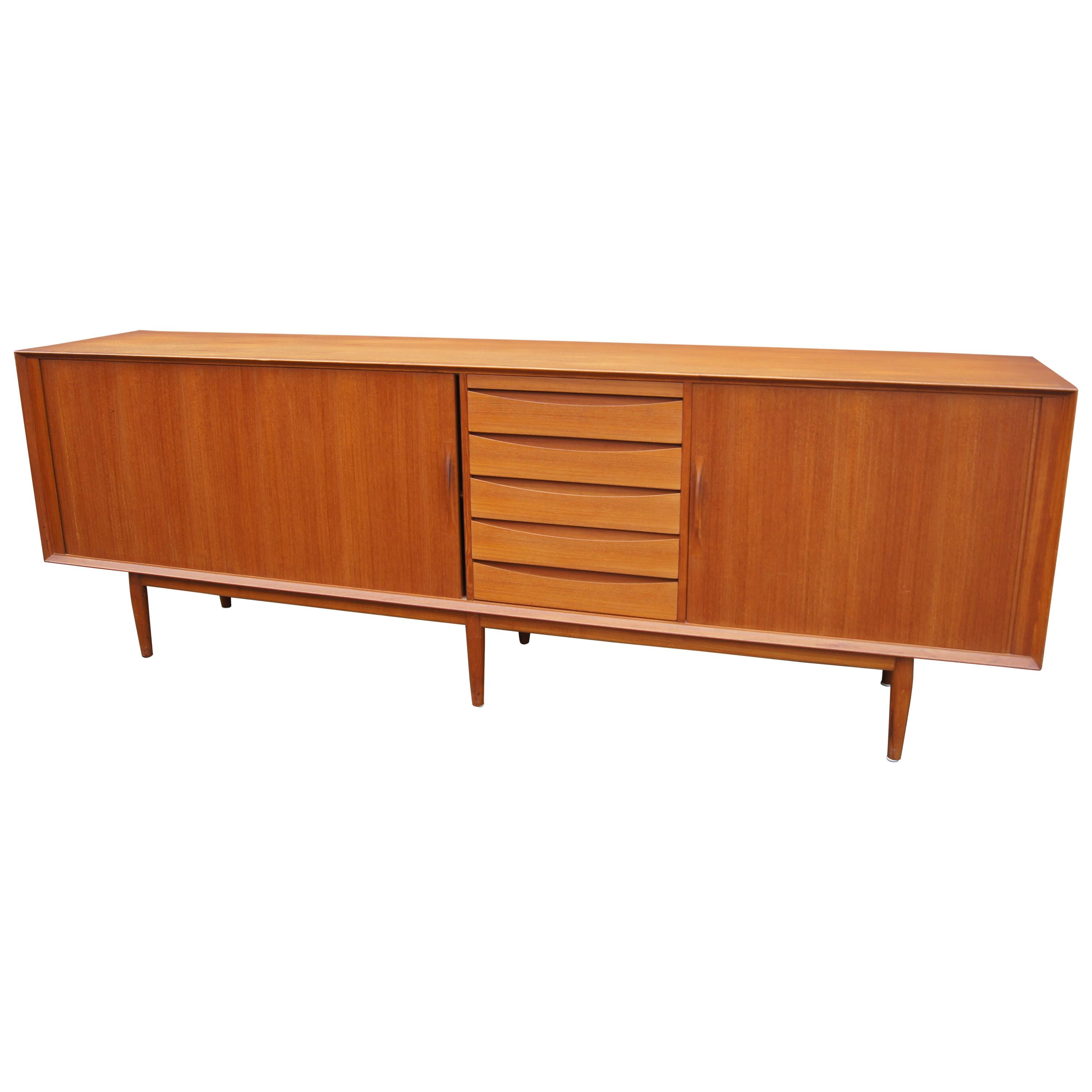 Teak Sideboard, Model 76, by Arne Vodder for Sibast
