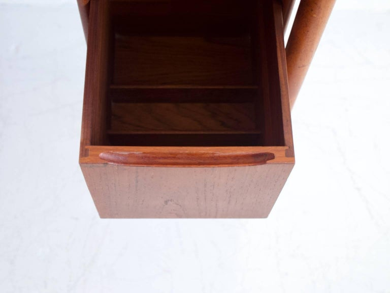 Teak Vanity Table with Mirror and Compartments For Sale 2
