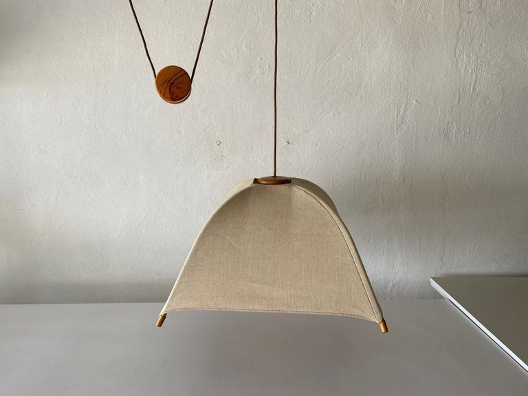 Teak Wood & Fabric Shade Counterweight Pendant Lamp by Domus, 1980s Italy For Sale 5