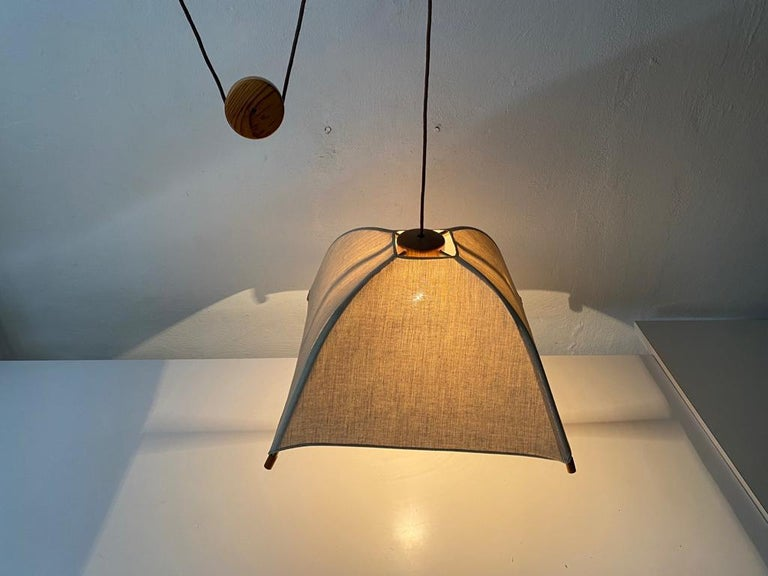 Teak Wood & Fabric Shade Counterweight Pendant Lamp by Domus, 1980s Italy For Sale 1